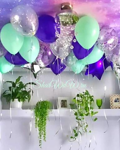 20 воздушных шаров под потолок