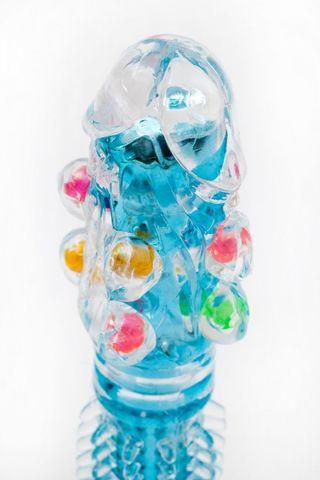 Прозрачно-голубой вибратор с дополнительными пупырышками - 16,5 см.