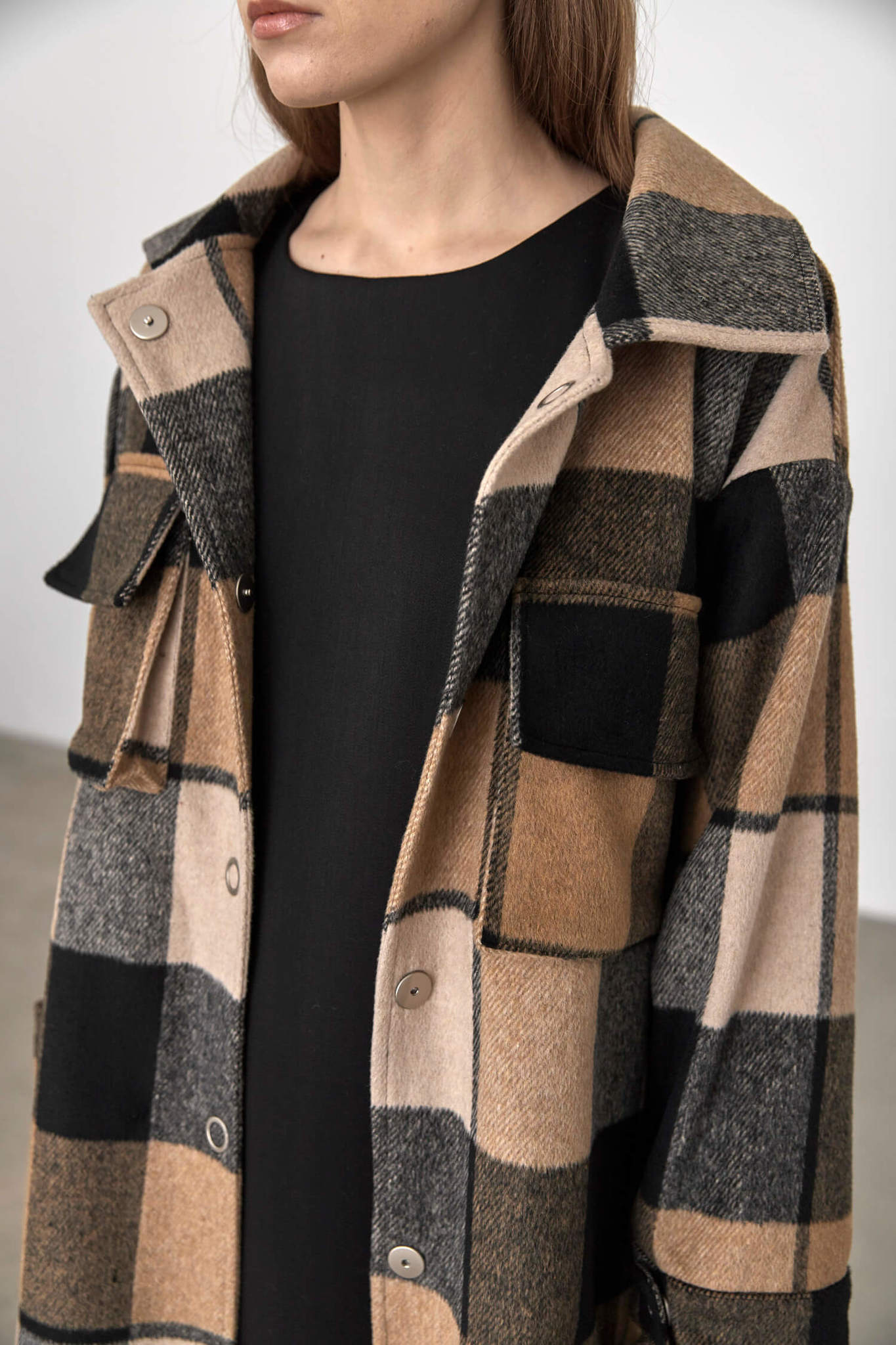 Куртка-рубашка на кнопках, черно-коричневая клетка