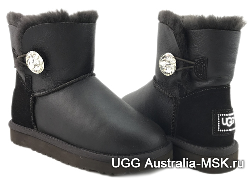 UGG Bailey Button Mini Black