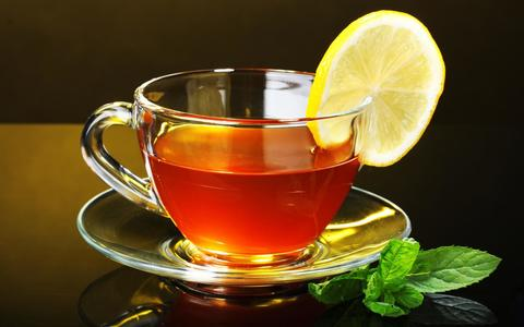 Чай чёрный LIPTON 100 гр