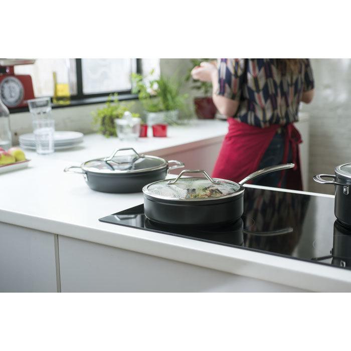 Сковорода TITAN (28 см)