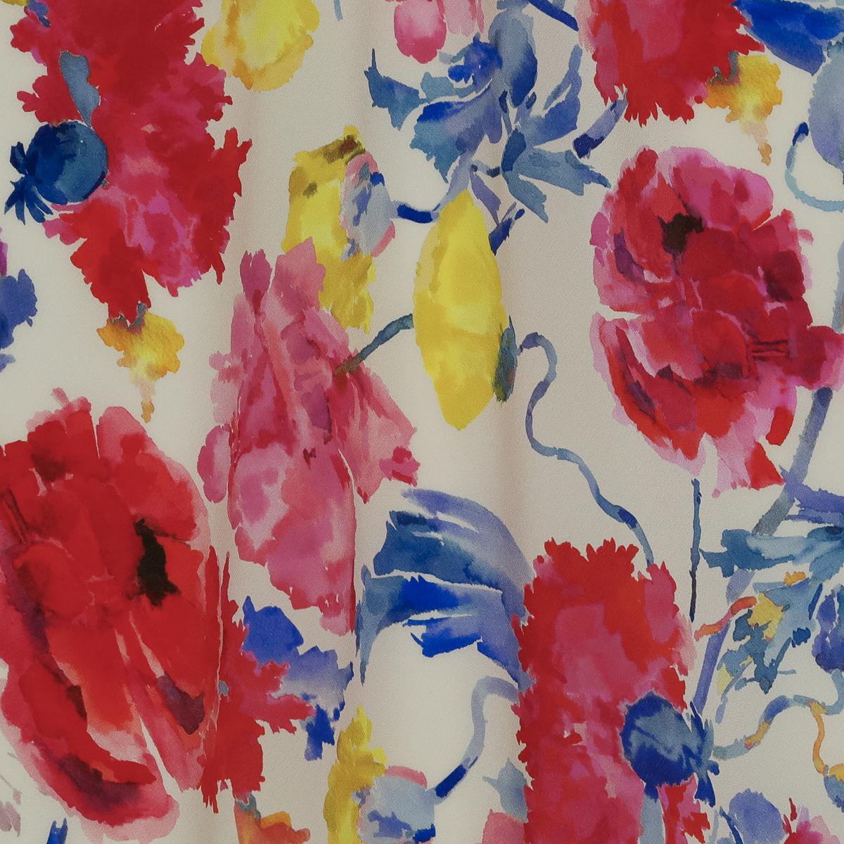 Шелковый крепдешин с цветочным мотивом