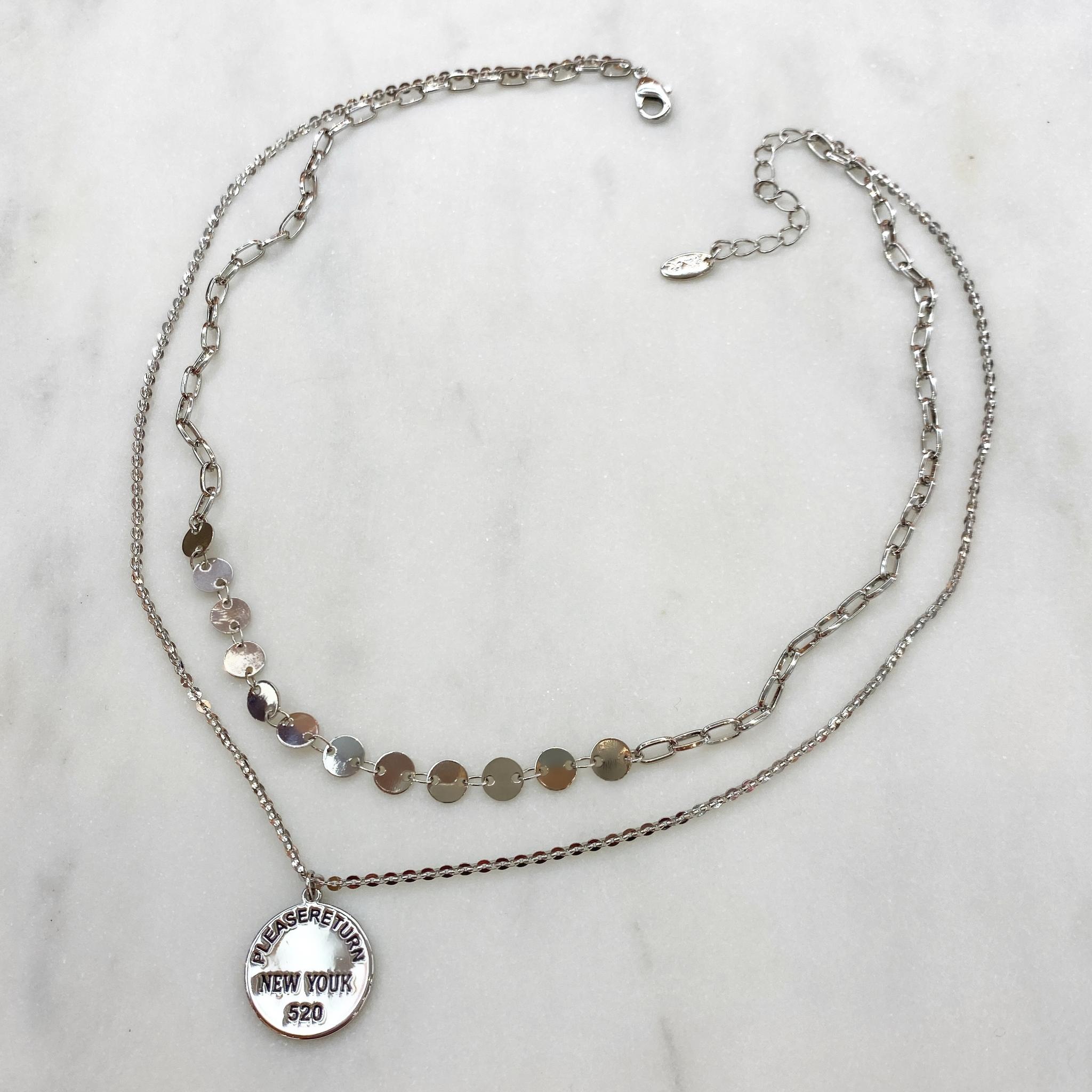 Колье двурядное из монист и цепочки с медальоном (серебристый)