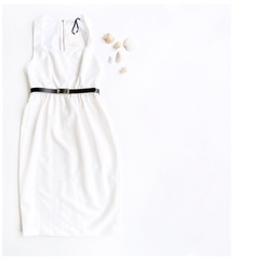 Платье-футляр (Белый)