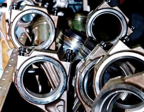Дефектовка двигателя perkins 1300/1600 серии в условиях мастерской Сервисного центра