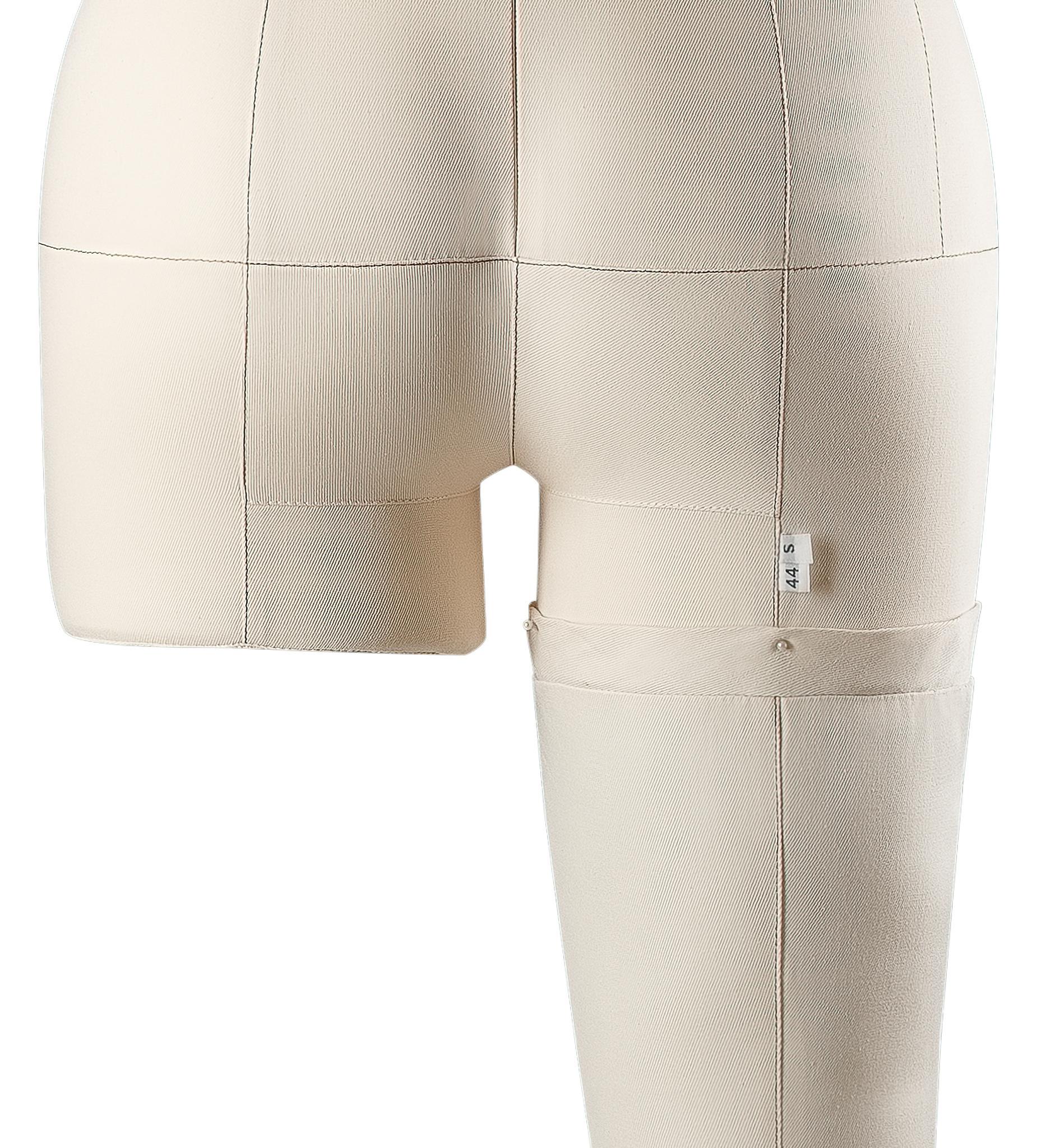 Нога для манекена Моника, размер 44 тип фигуры Песочные часы, БежеваяФото 1