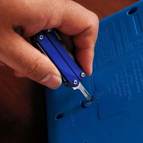 Мультитул-брелок Leatherman Squirt ES4 Blue, 9 функций (831239) цвет синий | Multitool-Leatherman.Ru