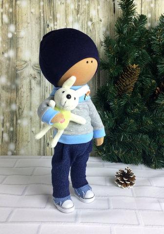 Лялька хлопчик Х'ю з колекції - Honey Doll.