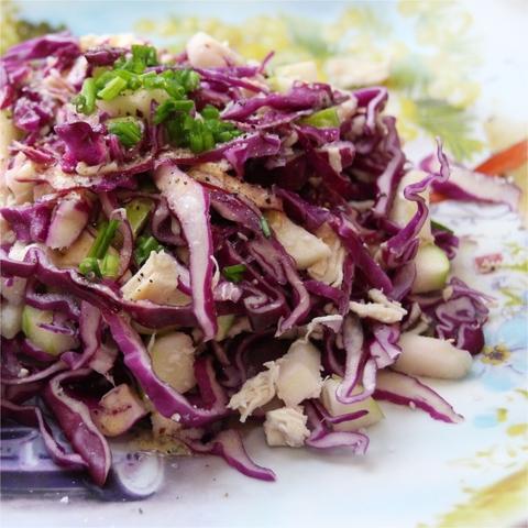 Салат из красной капусты с курицей 1 кг