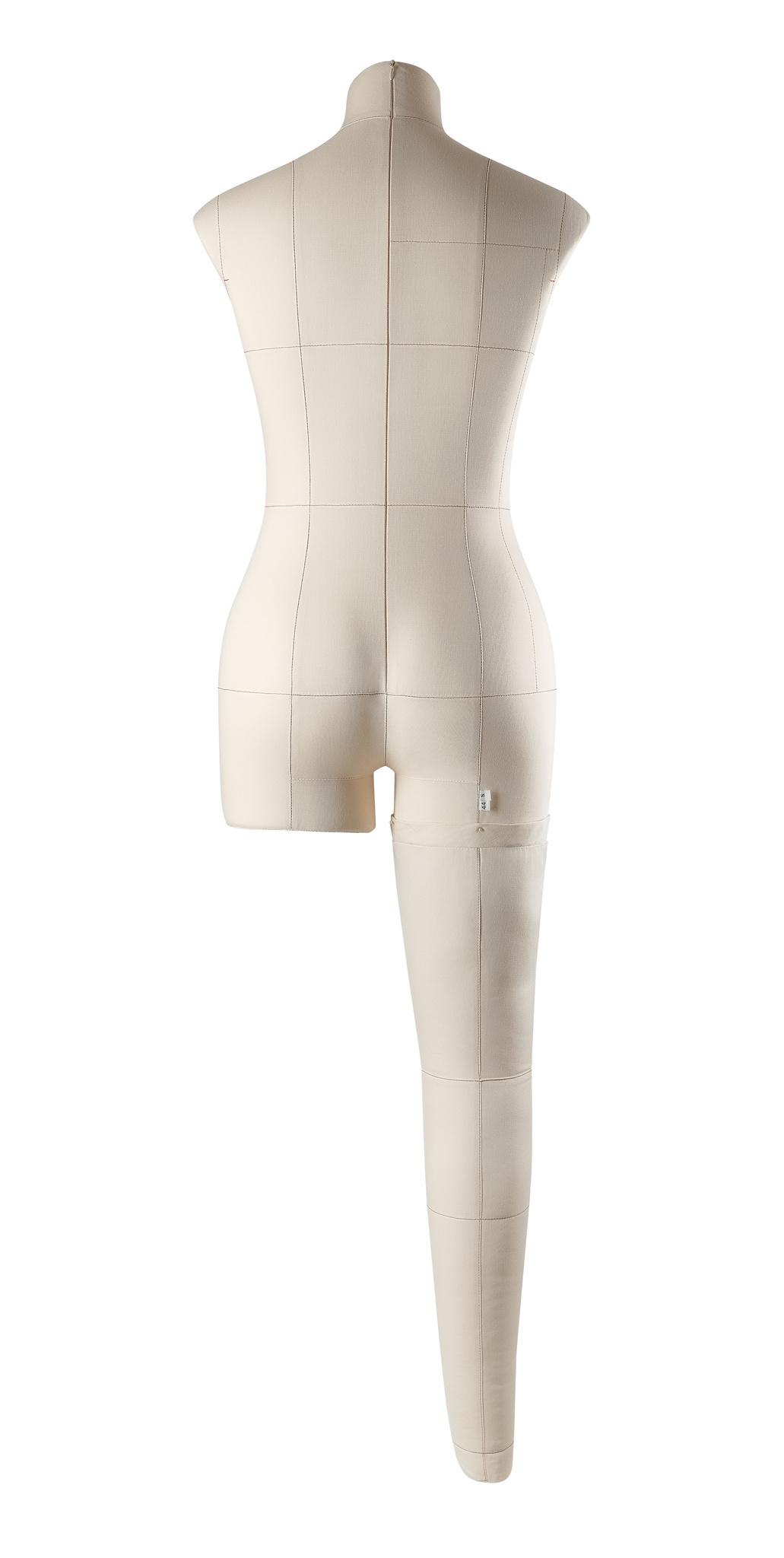 Нога для манекена Моника, размер 44 тип фигуры Песочные часы, БежеваяФото 3