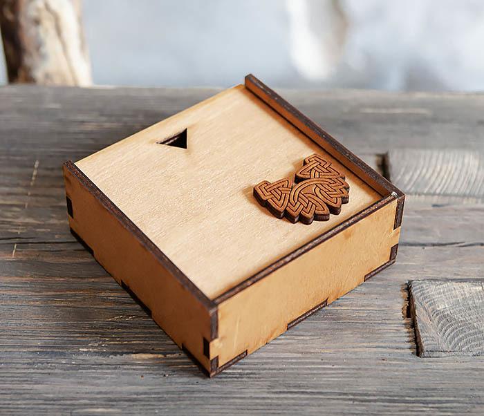 BOX232-2 Деревянная подарочная коробка для браслета (9,5*9,5*3,5 см) фото 02
