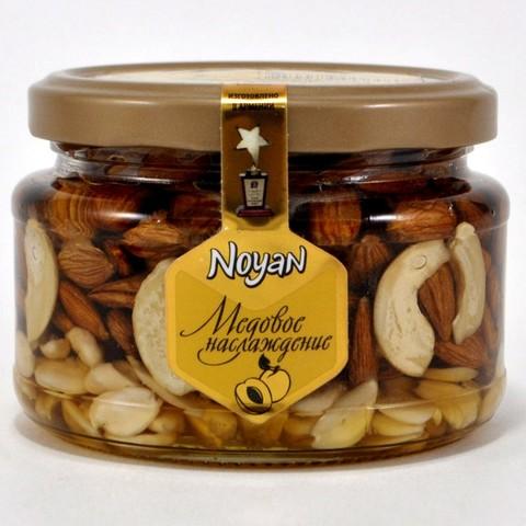 Мед с абрикосовыми косточками и кешью Noyan, 320г