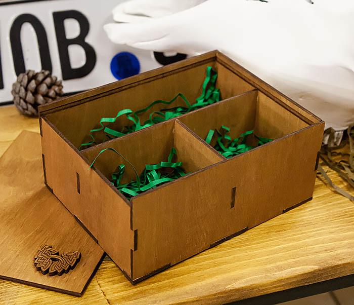 BOX245-2 Подарочная коробка из дерева с тремя отделениями внутри, А6 (19*15*8,5 см) фото 03