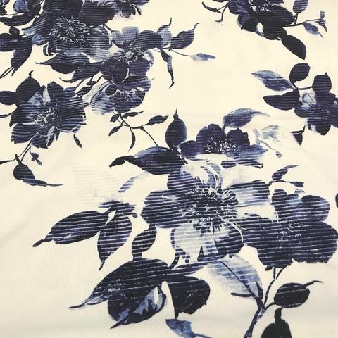 Ткань хлопок пике с эластаном белый с синими цветами  2110