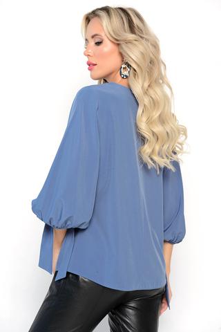 <p><span>Новое поступление коллекции сезона 2021 - модная женская туника. Нежная трикотажная женская блузка создана из высококлассного материала. Она пошита в классическом стиле, и подходит для девушек с различными типами фигур. Блузку можно носить вместе с повседневными вещами и создавать праздничный образ. Легкая струящияся блузка представлена в базовык цветах и с ярким, активным принтом она подходит под любой образ. Деловой, прогулочный, строгий и другие стили, можно чередовать, благодаря такой покупке. Широкая цветовая гамма помогает выбрать именно тот цвет, который подойдёт Вам. Пошив происходит из премиального турецкого материала, который подобран исключительно для данной кофты. В ней максимально комфортно ходить в тёплую осеннюю погоду, а в холода можно дополнять образ одевая пальто, пиджак или лёгкую куртку. Чтобы выглядеть модно и стильно - одевайтесь в бренде ELZA.</span></p>