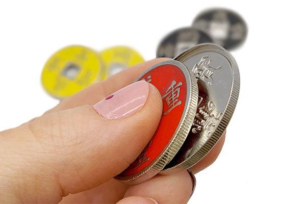 монетки с оболочкой