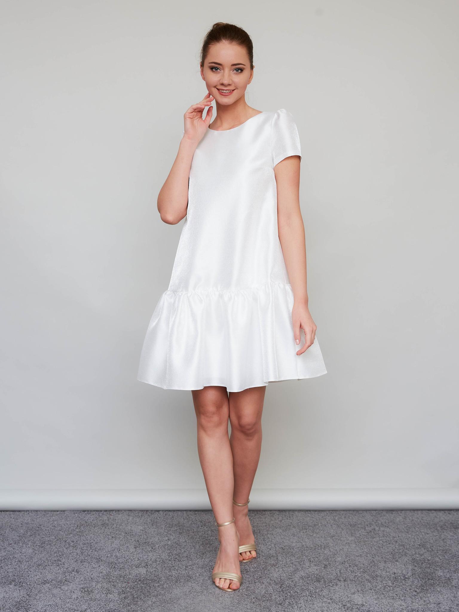 Свадебное платье-парашют с воланом длины-мини (молочный)