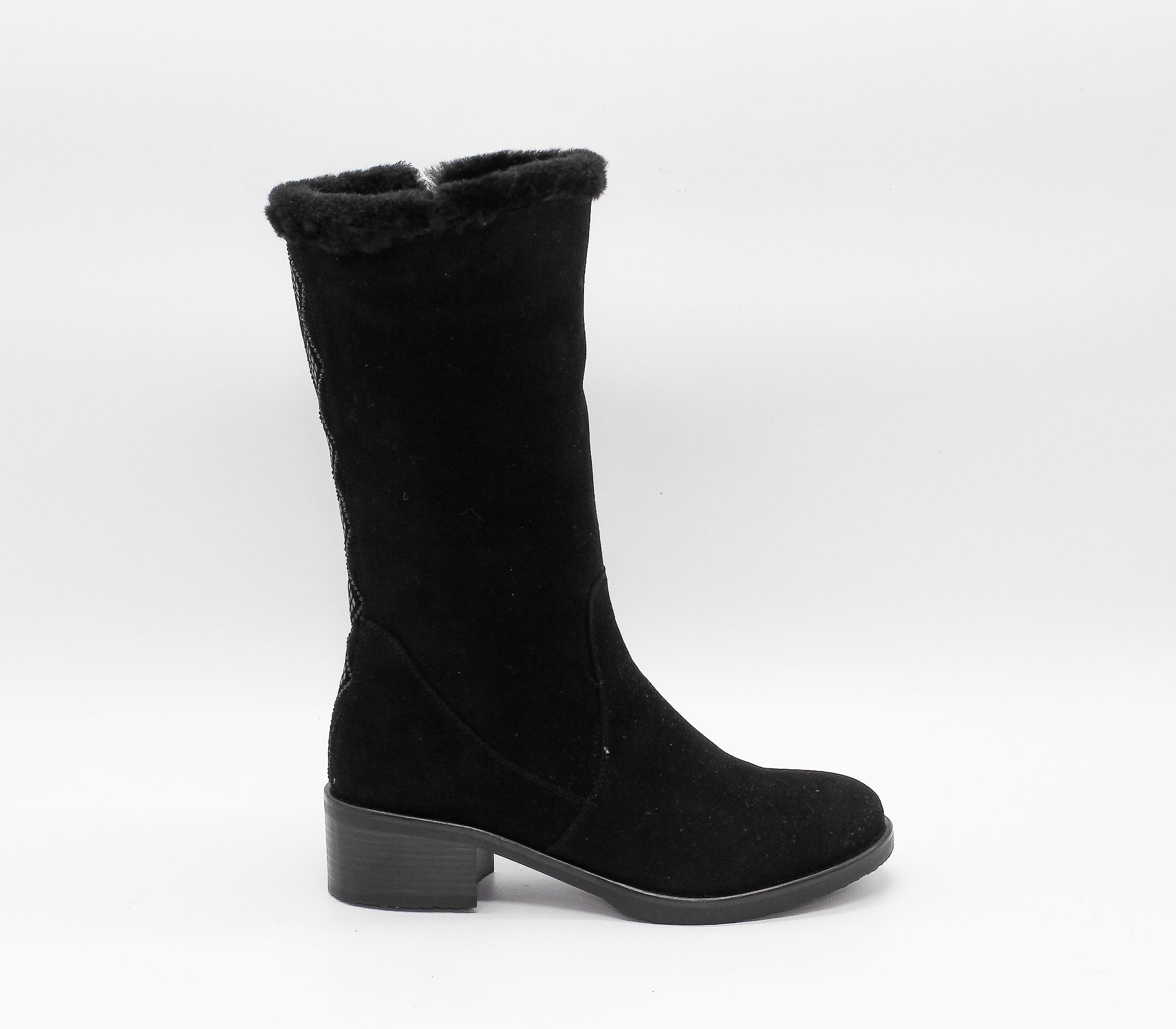 Черные замшевые полусапоги на устойчивом каблуке