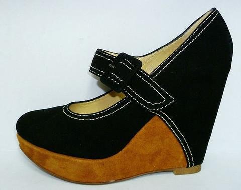Туфли замшевые женские на танкетке Welfare 1410801