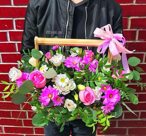 Цветы в деревянном ящике #19596