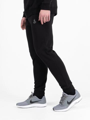 Спортивные штаны чёрного цвета с манжетами, без лампасов