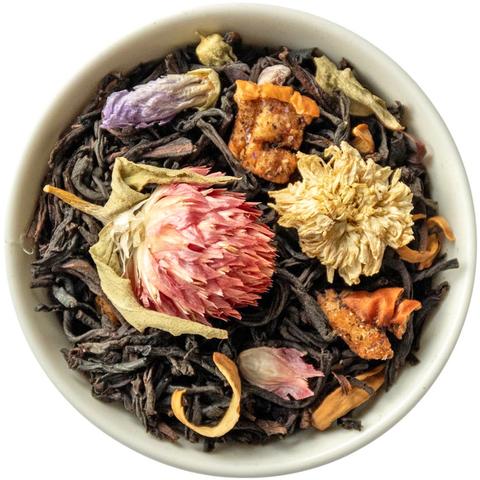 Манговый чай с лепестками цветов