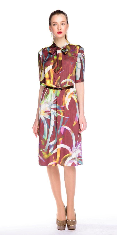 Платье З124-413 - Женственное и комфортное платье из легкого шифона с втачтными рукавами до локтя и воротником, который можно завязать на бант или узел. Этот кокетливый и легкий фасон прекрасно подходит практически всем, скрывая недостатки фигуры. Классические линии кроя идеально обрисовывают женственный силуэт. Прекрасный вариант для офиса и на каждый день. Пояс в комплект не входит.