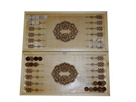 Нарды большие лакированные. Фишки деревянные. Размер: 59*29 см в сложеном виде. (38803)