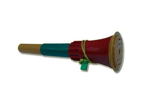 Дудка-трансформер для болельщика со шнурком. Материал: пластмасса. Длина в сложенном виде - 13 см; в разложенном виде - 32 см. :(139 большая):