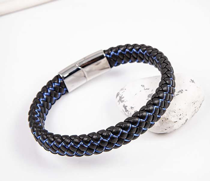 BM591-1B Широкий плетеный браслет с синей нитью
