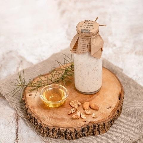 Мацони с медом и орехами 8,8%, 250 г