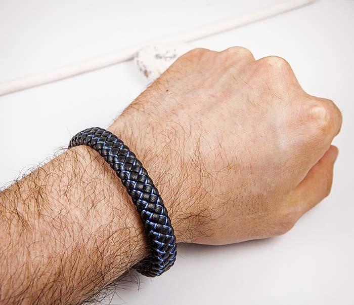 BM591-1B Широкий плетеный браслет с синей нитью фото 06