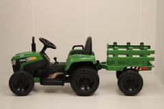 Трактор с прицепом H888HH