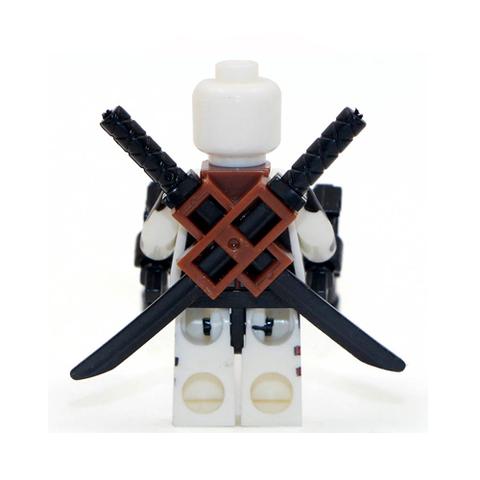 Минифигурка Супергерой Дэдпул в белом костюме