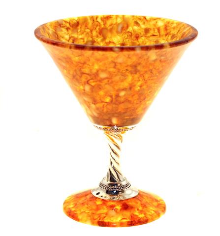 Фужер из янтаря для мартини