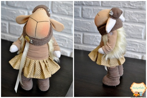 Овечка Софія. Текстильна іграшка.