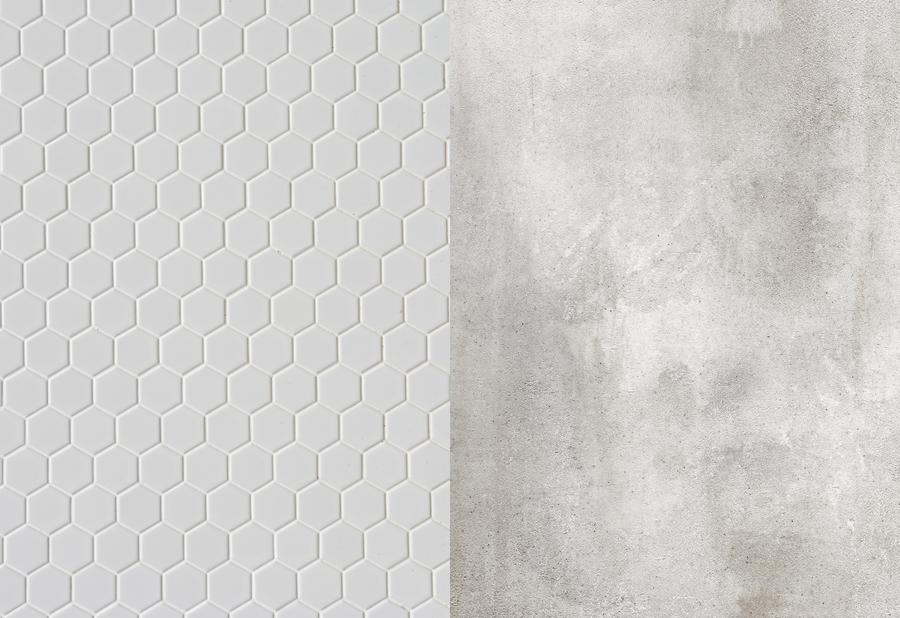 Разворот фотофона: шестиугольная плитка и бетон