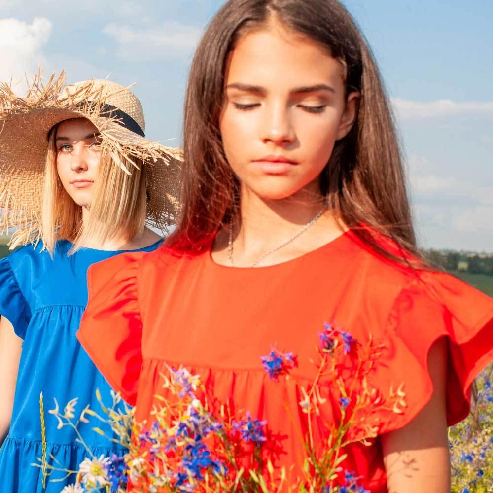 Детское, подростковое летнее платье для девочки в красном цвете