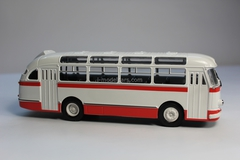 LAZ-695E white-red Classicbus 1:43