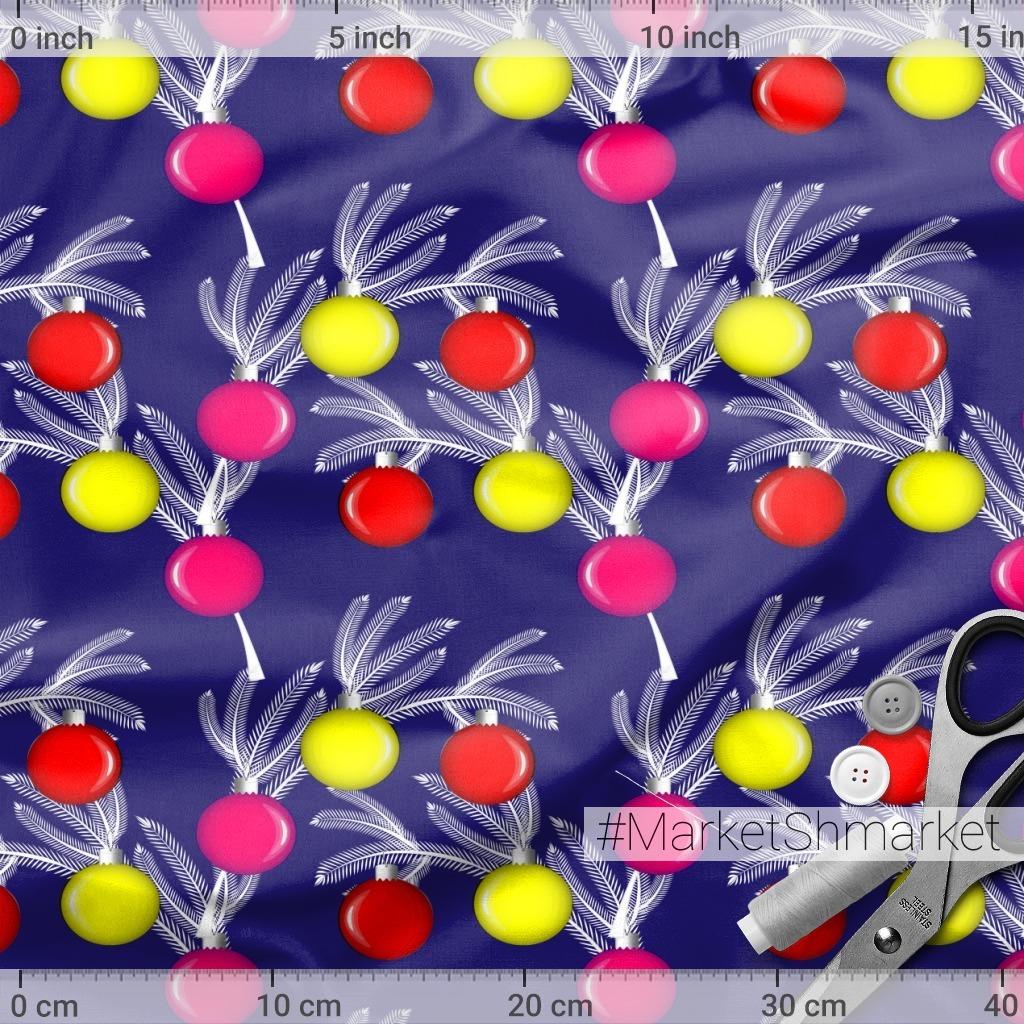 Паттерн с новогодними ветками и шарами цветной