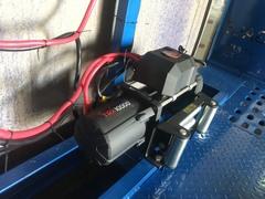 Лебедка автомобильная 4REVO 10000 12V со стальным тросом