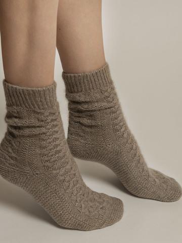 Женские носки бежевого цвета из 100% кашемира - фото 3