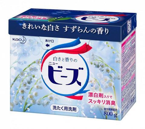 Стиральный порошок для белых и слабоокрашенных тканей с ароматом ландыша Kao New Beads 800 гр
