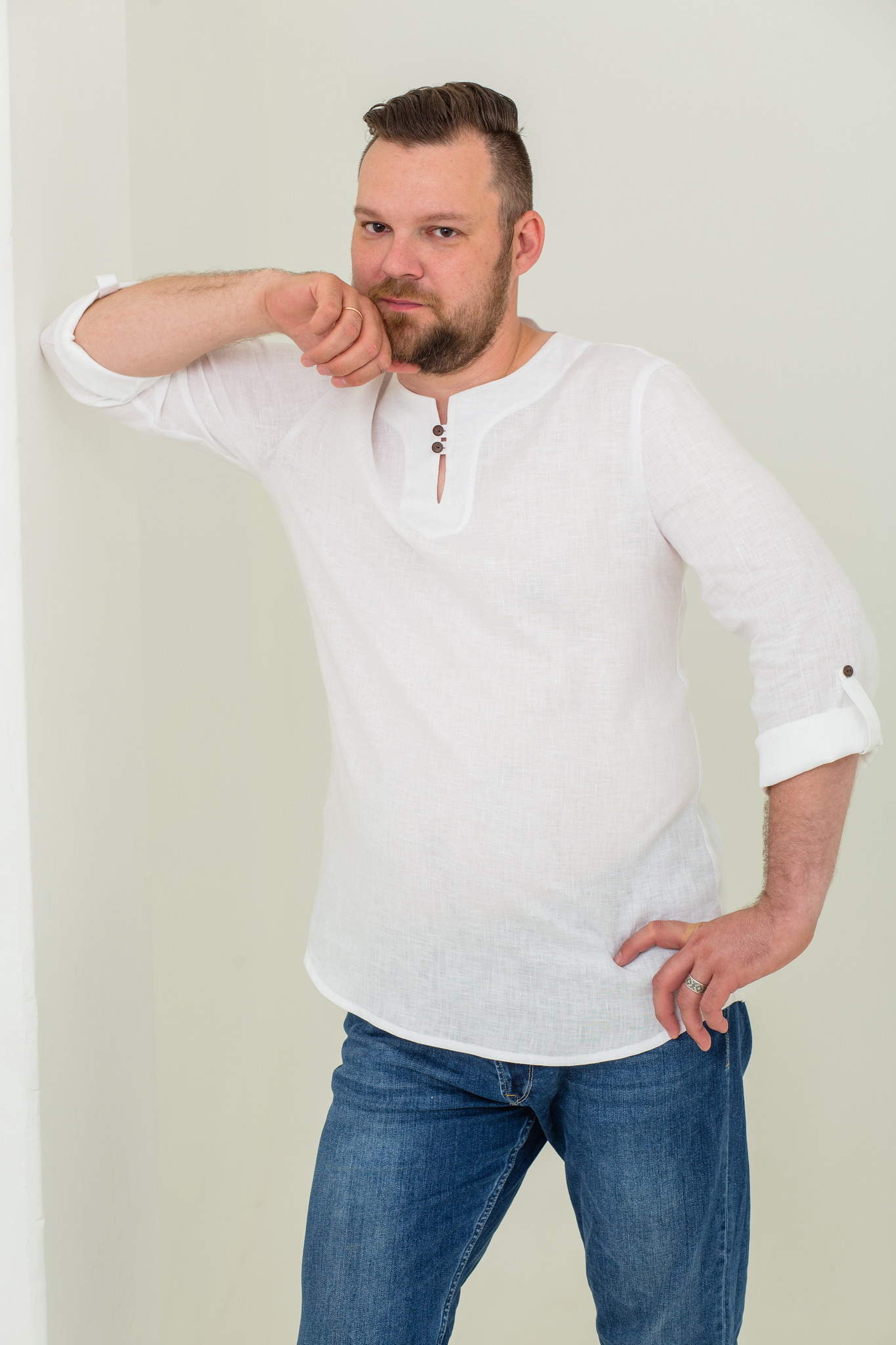 Современная русская рубаха льняная Свежий ветер