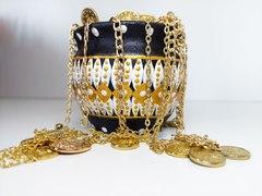 Dekorativ saxsı qab qızılı