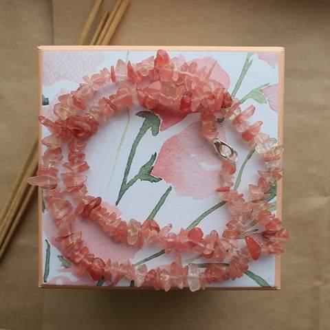 Бусы Розовый халцедон - время любви, счастья и романтики