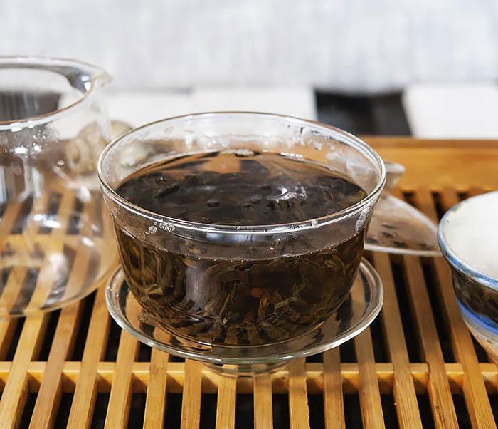 TEA-CH112 Темный улун «Одинокие Кусты с Горы Феникса» (Фэн Хуан Дань Цун, сильная обжарка, 10 гр) фото 09