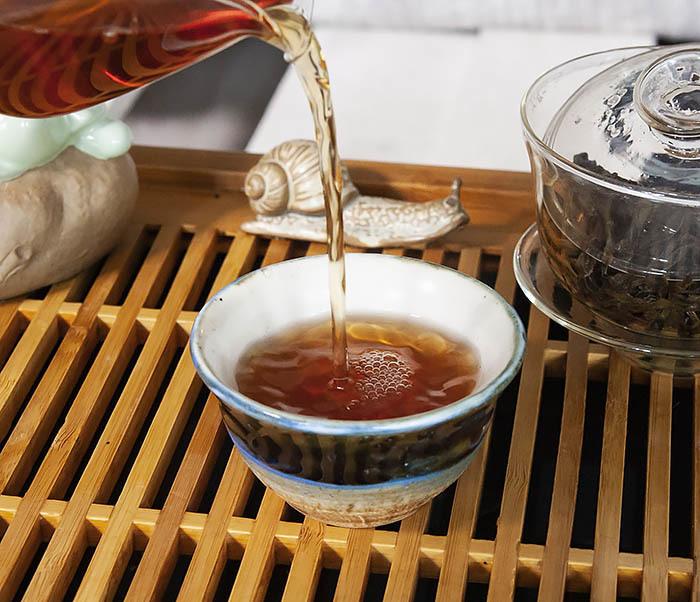 TEA-CH112 Темный улун «Одинокие Кусты с Горы Феникса» (Фэн Хуан Дань Цун, сильная обжарка, 10 гр) фото 13