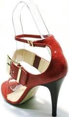 Женские кожаные босоножки с ремешком вокруг щиколотки Via Uno1103-6605 Red.